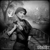 Femme près d'un pont.