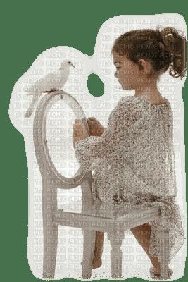 minou-child-barn