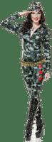 Salomelinda femme uniforme !